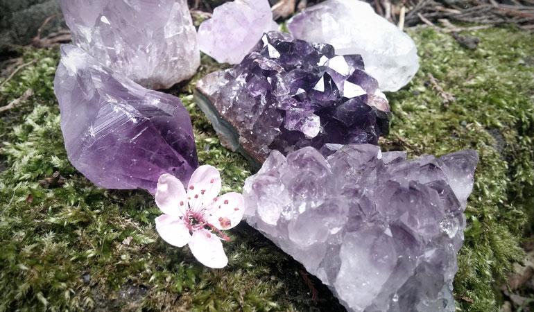 Amethyst Crystals - EarthbornEcho.com